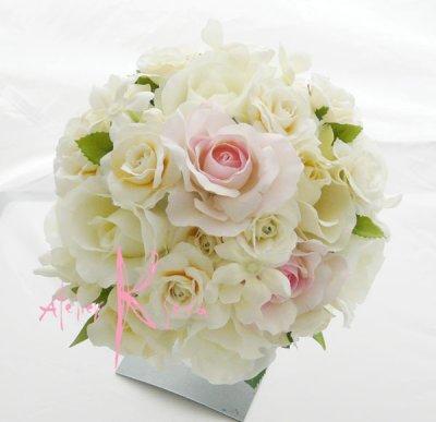 画像1: 造花ホワイトローズプラスベビーピンク♪ ラウンドブーケ・ブトニア・ヘッドパーツセット