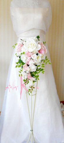 他の写真3: 造花ホワイト&ピンクローズ&カラー キャスケードボリュームT・ブトニア・ヘッドパーツセット
