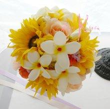 他の写真1: オーダーメイド クラッチ・ブトニア・花冠プラス花パーツ(プルメリア&ヒマワリ)