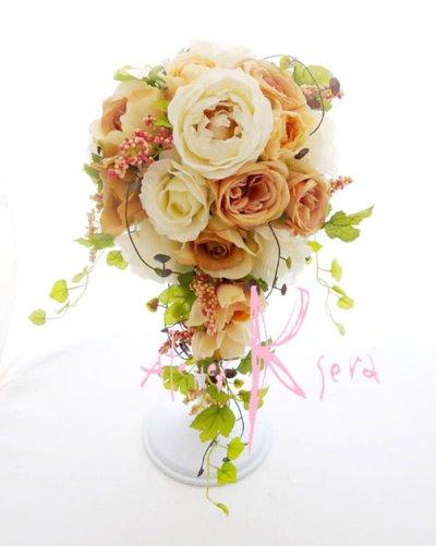 画像2: 造花ホワイトイングリッシュローズ&ピーチベージュ キャスケードブーケ・ブトニア・ヘッドパーツセット