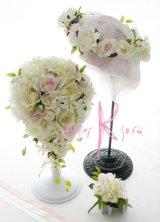 造花オーダーメイドブーケ  キャスケード・ブトニア・花冠(ホワイトローズ・ジャスミン&ライトピンク)