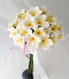 他の写真3: 造花オーダーメイドブーケ ボリュームクラッチ・ブトニア(cwプルメリア&ローズ)/アームレット