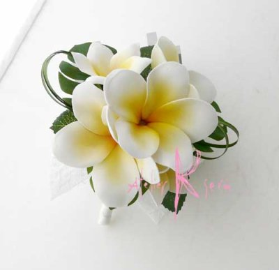 画像4: 造花オーダーメイドブーケ クラッチ・ブトニア・ヘッドパーツ・花冠(プルメリア&ミニプルメリア)