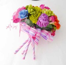 他の写真3: 造花オーダーメイドブーケ シェア4P・ブトニア・花冠・リストレット(カラフルミックス)