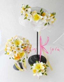 他の写真1: 造花オーダーメイドブーケ ラウンド20・ブトニア・花冠(プルメリアYW&ローズイエロー)