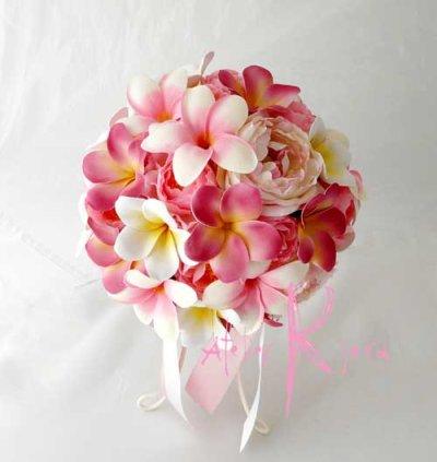 画像2: 造花オーダーメイドブーケ ラウンド20・ブトニア・花冠・リストレット(ピンクプルメリア&ローズ)