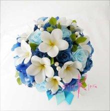 他の写真3: 造花オーダーメイドブーケ  クラッチ20・ブトニア・花冠・リストレット(Wプルメリア&ブルーローズ+パール)