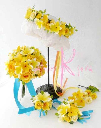 画像1: 造花オーダーメイドブーケ  クラッチ20・ブトニア・花冠・リストレット(プルメリアイエローグラデーションー)