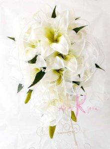 他の写真1: 造花オーダーメイドブーケ キャスケードブーケ(カサブランカ&パール)