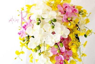 画像3: 造花オーダーメイドブーケ キャスケードブーケ(コチョウラン&シンビジューム)