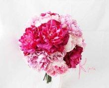 他の写真1: 造花オーダーメイドブーケ  25クラッチ・ブトニア・ハクレイ(花冠)(P&BPピオニー)