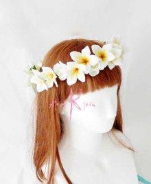 他の写真2: 造花オーダーメイド ボリュームクラッチブーケ25・ブトニア・ハクレイ(花冠)(プルメリア&ローズ)